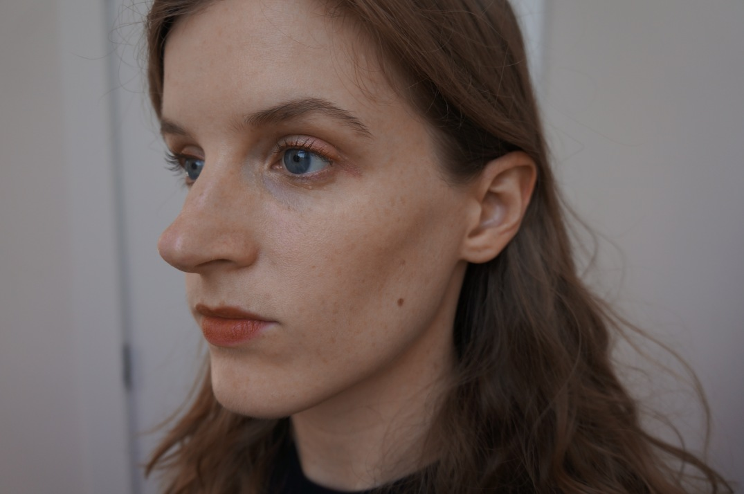 Cloud Paint blush in Beam, on my left cheek topped with Haloscope in Quartz